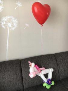 Ballonnenhond geeft graag een balloncadeau weg